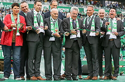 16.07.2016, Allianz Stadion, Wien, AUT, Testspiel, SK Rapid Wien vs Chelsea FC, im Bild offizielle Eroeffung durch Alfred Koerner und Heinz Fischer // during a Austrian Bundesliga Football test match between SK Rapid Vienna and Chelsea FC at the Allianz Stadion, Wien, Austria on 2016/07/16. EXPA Pictures © 2016, PhotoCredit: EXPA/ Alexander Forst