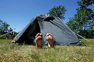 THE NETHERLANDS-TERSCHELLING- Camping at the Oerolfestival. PHOTO: GERRIT DE HEUS.Foto: Gerrit de Heus. Terschelling. 18/06/05. Oerolfestival. Henri van Faassen.