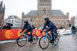 Movistar Women's Team arrive to sign on<br />  at Driedaagse Brugge - De Panne 2018 - a 151.7 km road race from Brugge to De Panne on March 22, 2018. Photo by Sean Robinson/Velofocus.com
