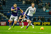 Preston North End Tom Barkhuizen (29) Sheffield United Cameron Carter-Vickers (16) and during the EFL Sky Bet Championship match between Preston North End and Sheffield Utd at Deepdale, Preston, England on 16 December 2017. Photo by Michał Karpiczenko.