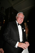 CHAIRMAN OF CORAM FOUNDATION, SIR CHRISTOPHER BENSON ON THE PRIZE DRAW, Grosvenor House Art & Antiques Fair charity gala evening in aid of Coram Foundation. Grosvenor House. Park Lane. London. 14 June 2007.  -DO NOT ARCHIVE-© Copyright Photograph by Dafydd Jones. 248 Clapham Rd. London SW9 0PZ. Tel 0207 820 0771. www.dafjones.com.
