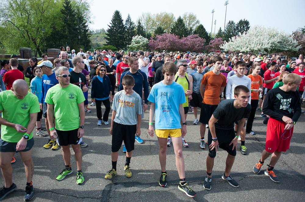 Racers gather for the start of the Race for a Reason 5k. Photo by: Ross Brinkerhoff. Race for a Reason, Race 4 A Reason, Annual Events, Events, Students, Faculty & Staff