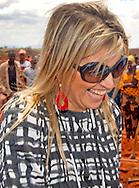 KONINGIN MAXIMA MET OORBELLEN VAN Michelle de Hoogh COPYRIGHT ROBIN UTRECHT HKH Koningin Maxima oorbellen draagt van het merk LOTT. gioielli.