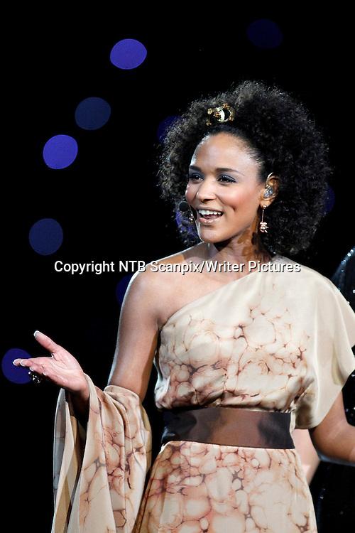 FORNEBU OSLO  20100529.<br /> Melodi Grand Prix / Eurovision Song Contest<br /> Programleder Haddy Jatou N'jie under finalen av Eurovision Song Contest i Telenor Arena l&macr;rdag. N'jie i lys brun kjole.<br /> Foto: Cornelius Poppe / SCANPIX<br /> <br /> NTB Scanpix/Writer Pictures<br /> <br /> WORLD RIGHTS, DIRECT SALES ONLY, NO AGENCY