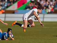 Abbie Brown in action, England Women v Italy Women in Women's 6 Nations Match at Twickenham Stoop, Twickenham, England, on 15th February 2015. Final score 39-7.
