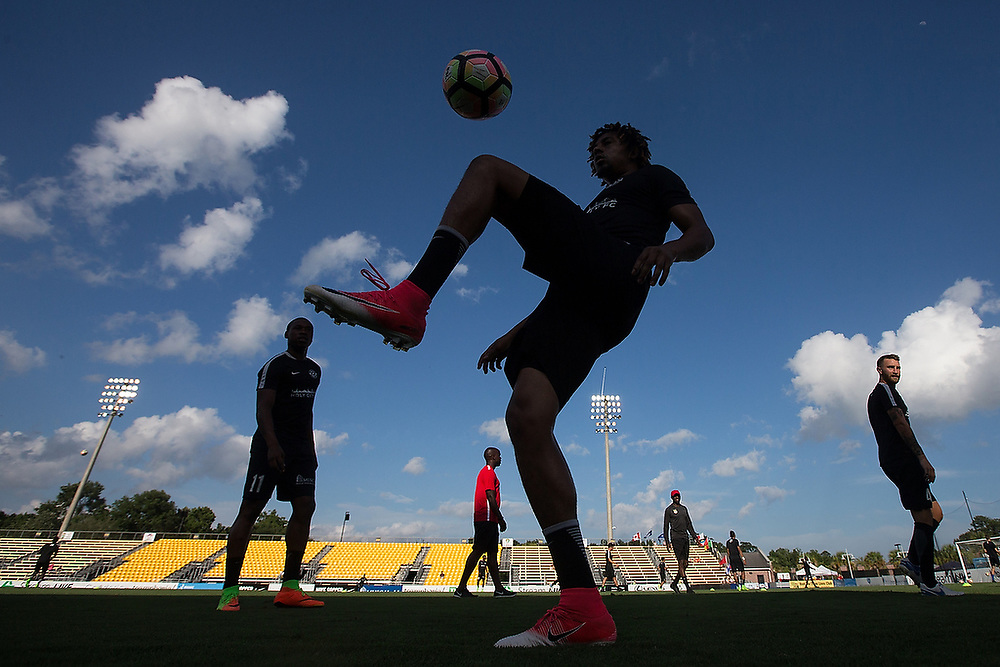 Charleston's O'Brian Woodbine (7) juggles the ball during pregame warm-ups. <br /> Tampa Bay Rowdies vs. Charleston Battery at MUSC Health Stadium in Charleston, S.C. on Saturday, July 1, 2017.<br /> Zach Bland Photo