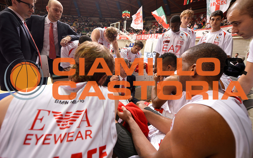 DESCRIZIONE : Desio campionato serie A 2013/14 EA7 Olimpia Milano Giorgio Tesi Group Piastoia <br /> GIOCATORE : Luca Banchi <br /> CATEGORIA : allenatore coach time out<br /> SQUADRA : EA7 Olimpia Milano<br /> EVENTO : Campionato serie A 2013/14<br /> GARA : EA7 Olimpia Milano Giorgio Tesi Group Piastoia<br /> DATA : 04/11/2013<br /> SPORT : Pallacanestro <br /> AUTORE : Agenzia Ciamillo-Castoria/R. Morgano<br /> Galleria : Lega Basket A 2013-2014  <br /> Fotonotizia : Desio campionato serie A 2013/14 EA7 Olimpia Milano Giorgio Tesi Group Piastoia<br /> Predefinita :