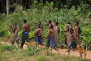 Ba'Kola Pygmys & duiker hunting nets<br /> Mbomo<br /> Odzala - Kokoua National Park<br /> Republic of Congo (Congo - Brazzaville)<br /> AFRICA