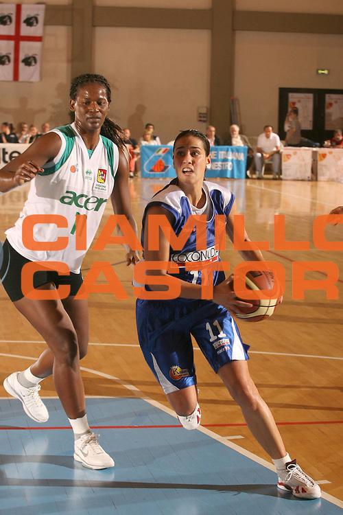 DESCRIZIONE : Cagliari Lega A1 Femminile 2006-07 Prima Giornata Trogylos Priolo Maddaloni Basket <br /> GIOCATORE : Prassa Stravroula <br /> SQUADRA : Maddaloni Basket <br /> EVENTO : Campionato Lega A1 2006-2007 Prima Giornata <br /> GARA : Trogylos Priolo Maddaloni Basket <br /> DATA : 08/10/2006 <br /> CATEGORIA : Penetrazione <br /> SPORT : Pallacanestro <br /> AUTORE : Agenzia Ciamillo-Castoria/S.D'Errico