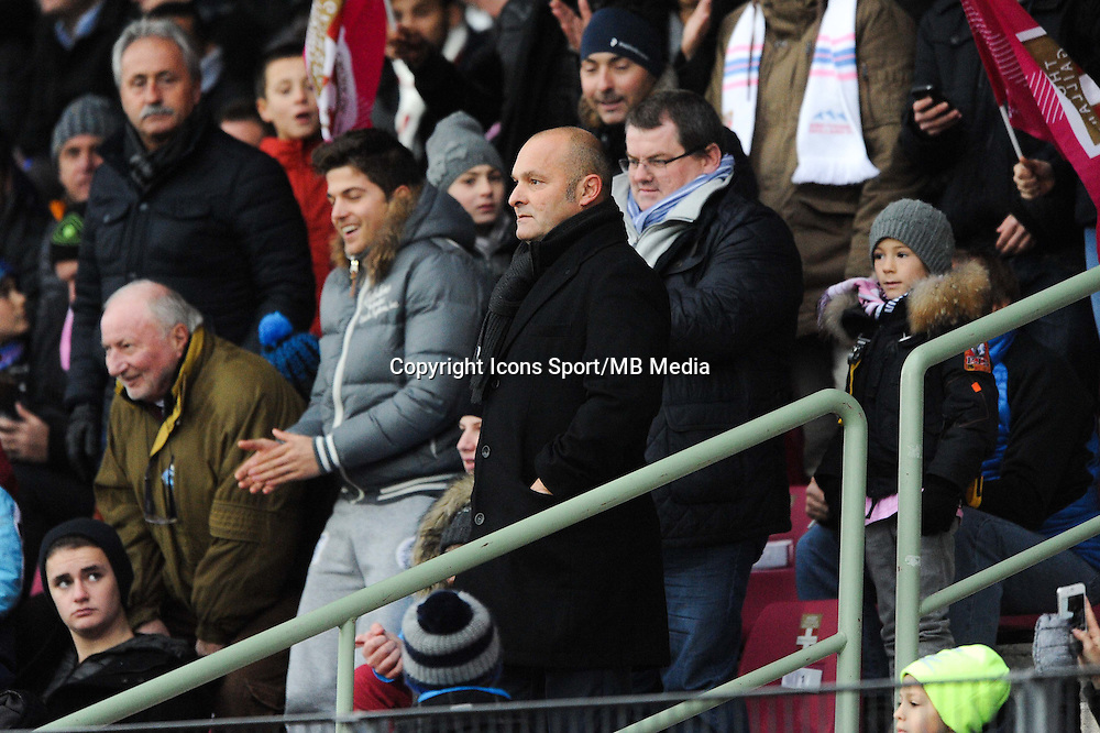 Pascal DUPRAZ - Expulse en tribune - 07.12.2014 - Evian Thonon / Lyon - 17eme journee de Ligue 1 -<br />