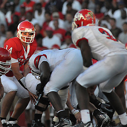 Sept 1, 2008; Piscataway, NJ, USA; Rutgers senior quarterback Mike Teel sets up at the line of scrimmage during the second quarter of Rutgers 24-7 loss to the Fresno State Bulldogs.