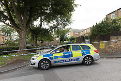 © Licensed to London News Pictures. 21/08/2018. London, UK.  Police at the crime scene in Cardinals Way, Archway. Police were called to Cardinals Way in Archway, N19 at around 8:05pm last night and found a 16 year old boy suffering stab injuries.  Photo credit: Vickie Flores/LNP