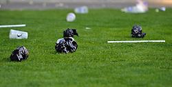 02.04.2011, UPC Arena, Graz, AUT, 1. FBL, Sturm vs Rapid, im Bild ein Feature mit Becher und Wurfgegestaenden, EXPA Pictures © 2011, PhotoCredit: EXPA/ S. Zangrando