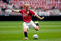 Photo: Daniel Hambury.<br /> Manchester United v FC Porto. Amsterdam Tournament. <br /> 04/08/2006.<br /> Manchester's Paul Scholes makes it 1-0.