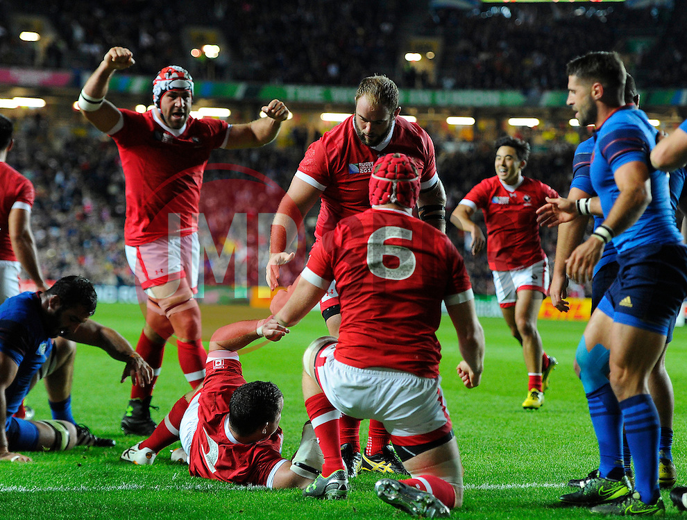 Canada celebrate the try from Aaron Carpenter of Canada - Mandatory byline: Joe Meredith/JMP - 07966386802 - 01/10/2015 - Rugby Union, World Cup - Stadium:MK -Milton Keynes,England - France v Canada - Rugby World Cup 2015