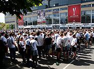 FODBOLD: FC Københavns-fans før finalen i DBU Pokalen mellem FC København og Brøndby IF den 25. maj 2017 i Telia Parken, København. Foto: Claus Birch