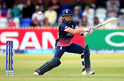 Katherine Brunt of England Women goes on the attack - Mandatory by-line: Robbie Stephenson/JMP - 12/07/2017 - CRICKET - The County Ground Derby - Derby, United Kingdom - England v New Zealand - ICC Women's World Cup match 21