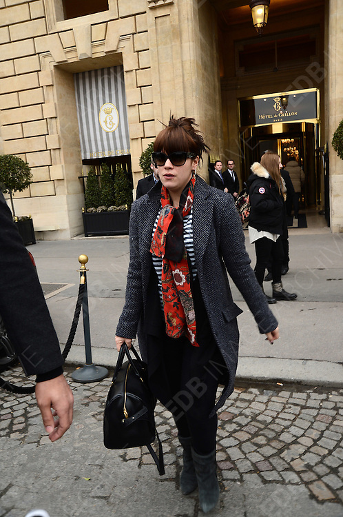 27.FEBRUARY.2013. PARIS<br /> <br /> LILY ALLEN LEAVES THE HOTEL DE CRILLON AND ARRIVES AT THE GARE DU NORD STATION IN PARIS<br /> <br /> BYLINE: EDBIMAGEARCHIVE.CO.UK<br /> <br /> *THIS IMAGE IS STRICTLY FOR UK NEWSPAPERS AND MAGAZINES ONLY*<br /> *FOR WORLD WIDE SALES AND WEB USE PLEASE CONTACT EDBIMAGEARCHIVE - 0208 954 5968*