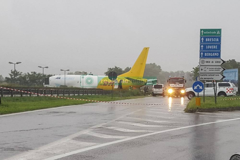 Cargo aircraft HA-FAX went off DHT in the night in Orio al Serio