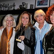 NLD/Muiden/20120611 - Uitreiking 3de CosmoQueen award 2012, Angela Groothuizen, vivian Boelen en Katja Romer - Schuurman