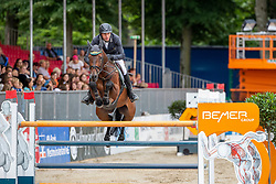 RÜDER Hans Thorben (GER), SINGU<br /> Münster - Turnier der Sieger 2019<br /> BRINKHOFF'S NO. 1 -  Preis<br /> CSI4* - Int. Jumping competition  (1.50 m) -<br /> 1. Qualifikation Grosse Tour <br /> Large Tour<br /> 02. August 2019<br /> © www.sportfotos-lafrentz.de/Stefan Lafrentz