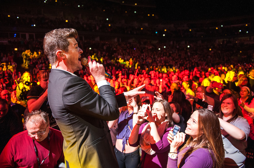 Robin Thicke at KISS FM's Jingle Ball