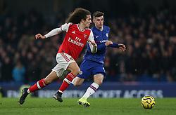 Matteo Guendouzi of Arsenal under pressure from Mason Mount of Chelsea - Mandatory by-line: Arron Gent/JMP - 21/01/2020 - FOOTBALL - Stamford Bridge - London, England - Chelsea v Arsenal - Premier League