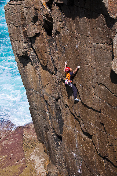 Toru Nakajima climbing '29 Palms' E8 6c Sennen, Cornwall, England