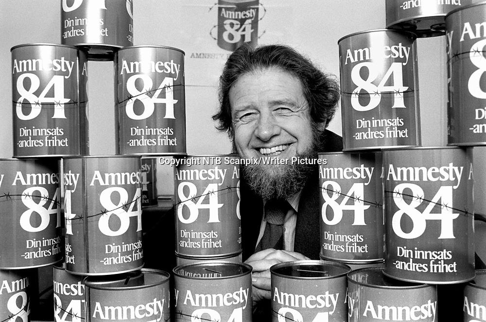 OSLO 19841025. Daglig leder av Amnestys norske avdeling Leif Vetlesen.<br /> Foto: Bj&macr;rn Sigurds&macr;n / NTB / Scanpix<br /> <br /> NTB Scanpix/Writer Pictures<br /> <br /> WORLD RIGHTS, DIRECT SALES ONLY, NO AGENCY