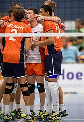 28-08-2016 NED: Nederland - Slowakije, Nieuwegein<br /> Het Nederlands team heeft de oefencampagne tegen Slowakije met een derde overwinning op rij afgesloten. In een uitverkocht Sportcomplex Merwestein won Nederland met 3-0 van Slowakije / Fabian Plak #20, Just Dronkers #19