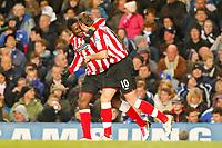 Fotball<br /> England<br /> 14.11.2010<br /> Foto: Colorsport/Digitalsport<br /> NORWAY ONLY<br /> <br /> Football - Premier League - Chelsea vs. Sunderland<br /> <br /> Sunderland's Asamoah Gyan celebrates with Sunderland's Jordan Henderson after putting Sunderland 2 nil up at Stamford Bridge