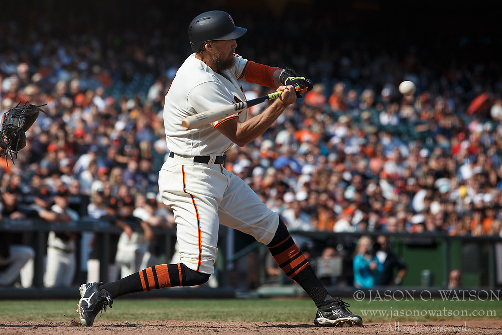 SAN FRANCISCO, CA - AUGUST 20: Hunter Pence #8 of the San Francisco Giants at bat against the Philadelphia Phillies during the ninth inning at AT&T Park on August 20, 2017 in San Francisco, California. The Philadelphia Phillies defeated the San Francisco Giants 5-2. (Photo by Jason O. Watson/Getty Images) *** Local Caption *** Hunter Pence
