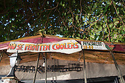 La Isla Grande..La Isla Grande es un isla del Mar Caribe que pertenece a Panamá, a pesar de lo que indica su nombre se trata de una isla de dimensiones pequeñas, en esta se encuentra la famosa estatua del Cristo negro en los corales, el acceso a la isla es a través de lanchas que manejan los habitantes locales, estando a media hora de la ciudad de Colón no esta permitido el ingreso de automóviles a la isla pues solo hay senderos para caminar, posee una gran riqueza gastronómica y cultural. ©Victoria Murillo/ Istmophoto.com.