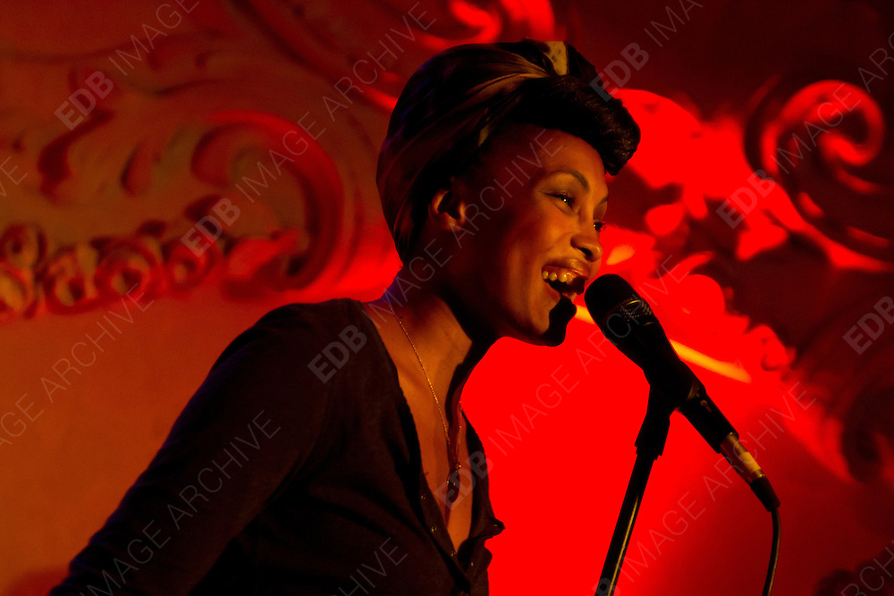 04.OCTOBER.2012. HAMBURG<br /> <br /> NADIA MLADJAO (IMANY) PERFORMING LIVE AT PRINZENBAR, HAMBURG<br /> <br /> BYLINE: EDBIMAGEARCHIVE.CO.UK<br /> <br /> *THIS IMAGE IS STRICTLY FOR UK NEWSPAPERS AND MAGAZINES ONLY*<br /> *FOR WORLD WIDE SALES AND WEB USE PLEASE CONTACT EDBIMAGEARCHIVE - 0208 954 5968*