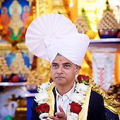 Sadiq Khan meets Acharya Swamishree Maharaj 28th August 2016