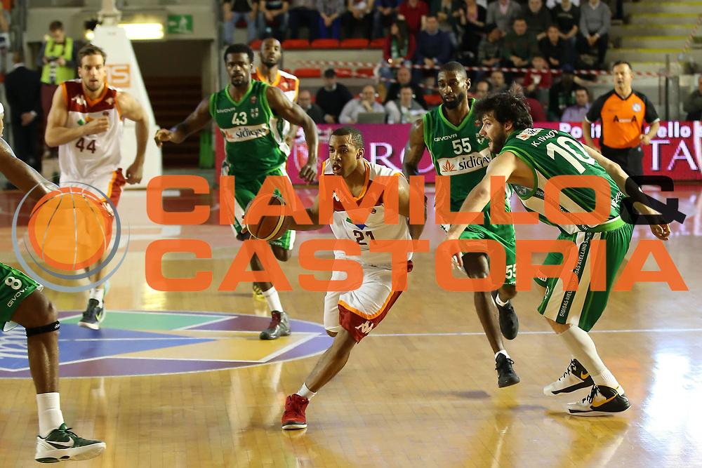 DESCRIZIONE : Roma Lega A 2012-13 Acea Roma Sidigas Avellino<br /> GIOCATORE : Jordan Taylor<br /> CATEGORIA : palleggio<br /> SQUADRA : Acea Roma<br /> EVENTO : Campionato Lega A 2012-2013 <br /> GARA : Acea Roma Sidigas Avellino<br /> DATA : 07/04/2013<br /> SPORT : Pallacanestro <br /> AUTORE : Agenzia Ciamillo-Castoria/ElioCastoria<br /> Galleria : Lega Basket A 2012-2013  <br /> Fotonotizia : Roma Lega A 2012-13 Acea Roma Sidigas Avellino<br /> Predefinita :