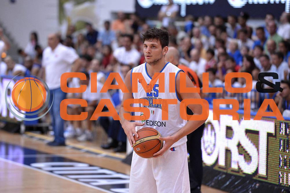DESCRIZIONE : Trento Basket Cup 2013 Italia Israele<br /> GIOCATORE : Alessandro Gentile<br /> CATEGORIA : Passaggio<br /> SQUADRA : Nazionale Italia Uomini Maschile<br /> EVENTO : Trento Basket Cup 2013 Italia Israele<br /> GARA : Italia Israele<br /> DATA : 08/08/2013<br /> SPORT : Pallacanestro<br /> AUTORE : Agenzia Ciamillo-Castoria/GiulioCiamillo<br /> Galleria : FIP Nazionali 2013<br /> Fotonotizia : Trento Basket Cup 2013 Italia Israele<br /> Predefinita :