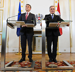 21.06.2011, Bundeskanzleramt, Wien, AUT, Ministerrat, im Bild Vizekanzler und Außenminister Michael Spindelegger und Bundeskanzler Werner Faymann // during the council of ministers, Office of the Federal Chancellor, Vienna, 2011-06-21, EXPA Pictures © 2011, PhotoCredit: EXPA/ M. Gruber