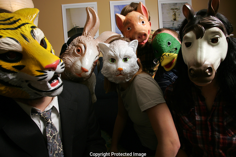 Super Desserts Band.Kitty: Fran Litterski.Duck: Steve Winstead.Lion: Justin Riley.Horse: Eve Searls.Pig: Tyler Evans..