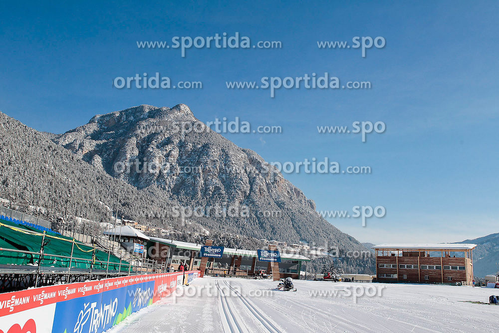 13.02.2013, Langlaufzentrum Lago di Tesero, Val di Fiemme, ITA, FIS Weltmeisterschaften Ski Nordisch, im Bild Uebersicht des Langlaufzentrums Lago di Tesero //  panoramic of the stadium of FIS Nordic Ski World Championships 2013 at the Cross Country Stadium, Cross Country Centre Lago di Tesero, Val di Fiemme, Italy on 2013/02/13. EXPA Pictures © 2013, PhotoCredit: EXPA/ Federico Modica