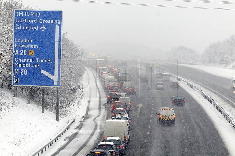© under license to London News Pictures. 30.11.2010 M25, Junction 3 for M20, This afternoon at Crockenhill Lane near Swanley, Kent.. Picture credit should read Grant Falvey/London News Pictures