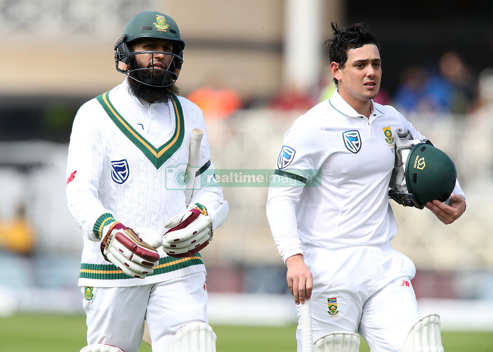 South Africa's Quinton de Kock (right) and Hashim Amla walk off at the tea interval during day one of the Second Investec Test match at Trent Bridge, Nottingham.