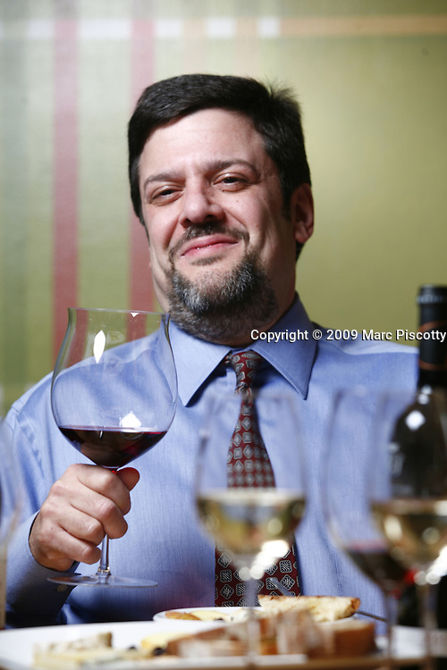 SHOT 1/6/09 5:01:14 PM - My Wine Nation Editor-in-Chief and Denver Magazine wine columnist Benjamin Weinberg photographed at Table 6 restaurant in Denver, Co..(Photo by Marc Piscotty / © 2009)
