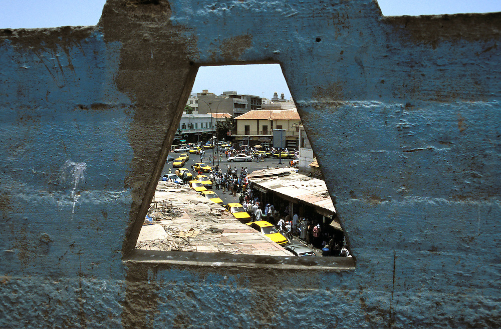 View of the strets of Dakar (Senegal).<br /> <br /> Vista de las calles de Dakar (Senegal).