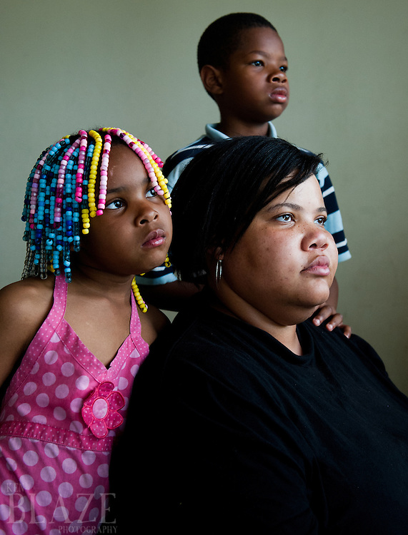 Mia Landingham with son Ja'mye, eight, and La'naja, six of Cleveland, OH