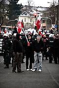Dresden | 19.11.2011..Neonazis aus ganz Deutschland und aus anderen Ländern Europas planten in Dresden wie in den vergangenen Jahren eine Demonstration (Trauermarsch), um an die Bombardierung Dresdens am 13.02.1945 zu erinnern. Der Tag entwickelte sich für die Neonazis zum Fiasko, über 20000 Demonstranten verhinderten mit Mahnwachen, Demonstrationen und Blockaden die Demo-Versuche der Neonazis..Hier: Neonazis haben sich im Dresdner Ortsteil Plauen versammelt, hier stehen sie herum und ärgern sich, dass sie wegen tausender Gegendemonstranten keine Demo durchführen können...©peter-juelich.com..[No Model Release | No Property Release]