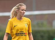 FODBOLD: Cecilie Madsen (Ølstykke FC) under kampen i Sjællandsserien mellem Ølstykke FC og Nykøbing/Vordingborg den 7. september 2019 på Ølstykke Stadion. Foto: Claus Birch