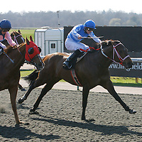Catalyze and William Carson winning the 3.00 race