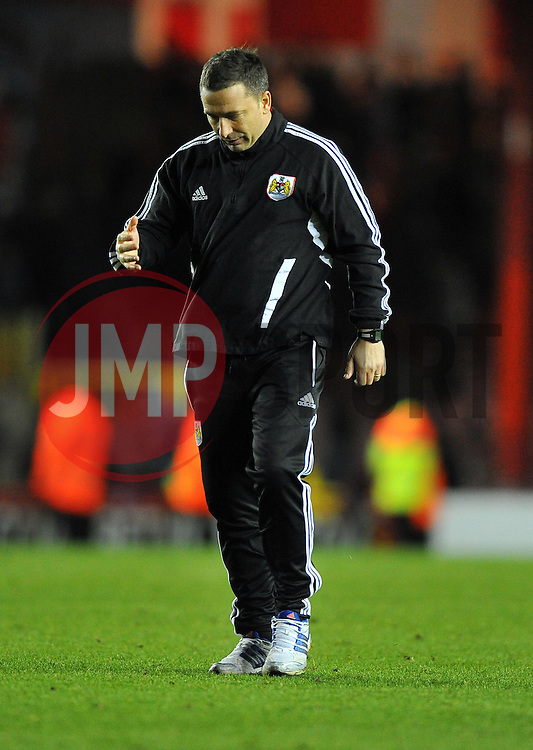 Bristol City Manager, Derek McInnes cuts a frustrated  figure on the final whistle - Photo mandatory by-line: Joe Meredith/JMP  - Tel: Mobile:07966 386802 17/11/2012 - Bristol City v Blackpool - SPORT - FOOTBALL - Championship -  Bristol  - Ashton Gate Stadium -