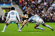 London - Saturday, November 14th 2009: Dan Hipkiss of England and Martin Rodriguez of Argentina during the Investec Challenge Series Game at Twickenham, London. ..(Pic by Alex Broadway/Focus Images)